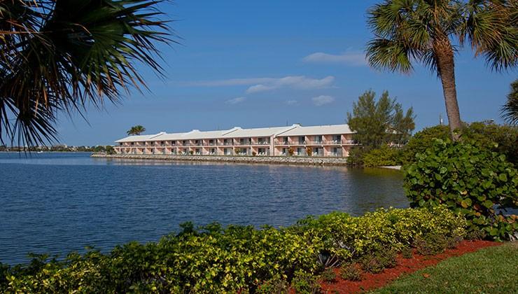 Palm Beach Resort & Beach Club